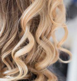 Blonding Techniques Article Image