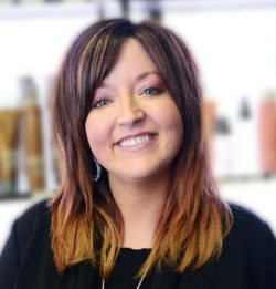 cosmetology-school-kansascity-staff-spotlight-shay